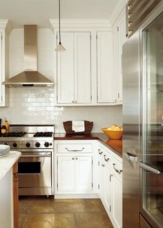 Love the white subway tiles exactly what I want in my kitchen!!!