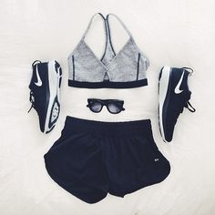 Gym Gear. Helping you get to get a summer body!