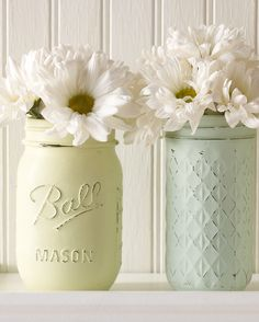 Transform simple jars into these gorgeous custom-painted vases.