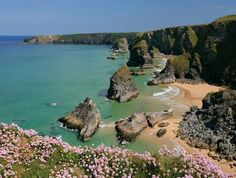 Cornwall-makes me want to read something by Rosamund Pilcher