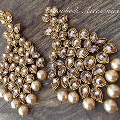 """""""Bridal Jewellery Inspirations for the Modern Indian Bride! Indian Jewelry Earrings, Indian Jewelry Sets, Fancy Jewellery, Jewelry Design Earrings, Indian Wedding Jewelry, India Jewelry, Ear Jewelry, Stylish Jewelry, Designer Earrings"""