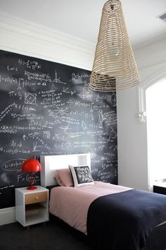Find stylish examples of black accent walls perfect for a wall in your home that is tough to style. Domino shares photos of black accent walls to try in your home. Teen Boy Rooms, Teenage Girl Bedrooms, Teenage Room, Teenage Years, Girls Bedroom, Trendy Bedroom, Girl Rooms, Boys Teenage, Boys Bedroom Ideas Tween Small