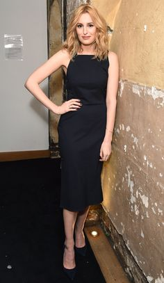 Laura Carmichael in a sleek black midi dress Simple Black Dress, Black Midi Dress, Laura Carmichael, Night Looks, Fashion Gallery, Nice Dresses, Celebrity Style, Cool Outfits, Feminine
