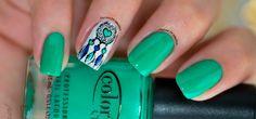 O filtro dos sonhos é utilizado por diversos povos como simbolo de proteção. Ele é uma das estampas mais usada nas unhas das mulheres. Confira a combinação que fiz com ele!  http://fascinioporesmaltes.com/swatch-estilo-rosa-filtro-amor-roxo-e-verde/