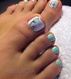 Pedicure Nail Designs, Pedicure Nail Art, Toe Nail Art, Toe Nails, Pretty Pedicures, Pretty Nails, Linda Nails, White Toenails, Beautiful Toes