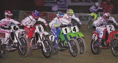 Micky Dymond (6), Jeff Stanton (8), Jeff Ward (1), Ron Lechien (4) and Rick Johnson (2) rip into the first turn in 1988 #MurderesRow #DeepField#DymondsAnswerGear #BadMoFos #80sMotoRuled - Super Motocross
