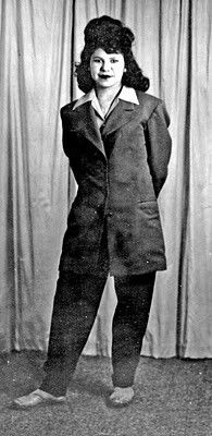 Zoot...suit...pachuca - http://pinterest.com/vangie13/zoot-suit-pachuco-pachuca/ (More reserved.)