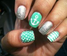 Cassandra .: •nails• #Lockerz