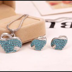 Gold plated jewelry sets Gold plated jewelry sets fashion accessories heart necklace  earrings with full Austrian crystal for women girls gifts jewelry Jewelry Necklaces