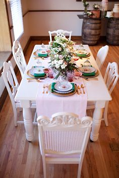 vintage tablescape ideas