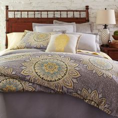 The sun never sets on our Soleil bedding, with its distinctive medallion pattern in 100% cotton sateen for dreamy comfort. Generously sized, the duvet covers feature inside ties at the corners to keep your duvet insert from shifting. Shams feature a single medallion on one side, with a solid warm gray on the other.