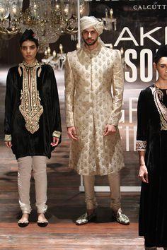 By designer Sabyasachi Mukherjee. Bridelan - Personal shopper & style consultants for Indian/NRI weddings, website www.bridelan.com #Sabyasachi #LakmeFashionWeek2016 #weddinglehenga #Bridelan #BridelanIndia