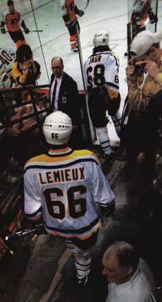 Mario Lemieux-My all time favorite athlete.