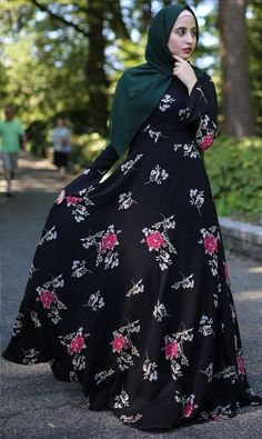 Captivating Why Rose Gardening Is So Addictive Ideas. Stupefying Why Rose Gardening Is So Addictive Ideas. Abaya Fashion, Muslim Fashion, Fashion Outfits, Casual Formal Dresses, Modest Dresses, Hijabi Gowns, Hijab Style Dress, Muslim Dress, Latest African Fashion Dresses