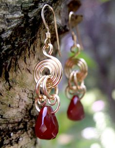 EGF-1005-Gold-Disk-Carnelian-Earrings-L.jpg (391×504)