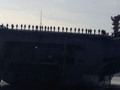USS Nimitz - Manning the rails | USS Nimitz (CVN 68) Homecoming to Everett, WA 12/16/2013 after 8 mo deployment.