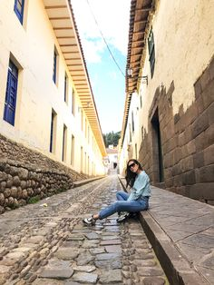 Photography Poses, Travel Photography, Cusco Peru, Peru Travel, Foto Pose, Summer Pictures, Quito, Picture Poses, Surfing