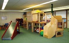 Hadirkan Tiga Hal Ini Di Ruangan Bermain Anak   22/12/2014   SolusiProperti.com - Untuk Anda yaang Memiliki anak kecil, melihat mainan bongkar pasang berserakan di meja dan lantai, itu sangat lah biasa. Dtambah terdapat coretan abstrak dengan pensil warna, crayon ... http://news.propertidata.com/hadirkan-tiga-hal-ini-di-ruangan-bermain-anak-2/ #properti #rumah