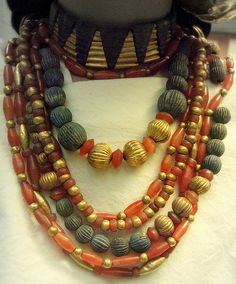Necklace (reconstructed)  British Museum  Gold, carnelian and lapis lazuli beads  Sumerian, Early Dynastic the 3rd, Ur about 2600 BCE  