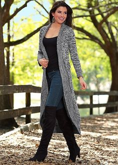 Want a winter look that looks effortless? Pair your favorite jeans, boots, a cami or sweater with the Venus Grey Multi Contrast stitch duster for a trendy, cozy look!