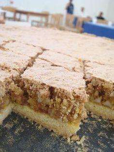 Torta di mandorle e amaretti Italian Cake, Italian Desserts, Italian Recipes, Sweet Recipes, Cake Recipes, Dessert Recipes, Cupcakes, Cupcake Cakes, Sweet Cooking