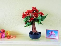 Bonsai Origami Flower Tree - http://www.7tv.net/bonsai-origami-flower-tree/