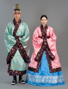 hollyebok-korean-wedding-hanbok-couple