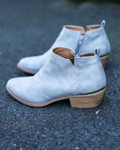 Our Lanna Bootie is a classic but modern low cut ankle bootie that's your new go-to for spring with a side cut out! It features an almond toe, a distressed leather upper, an easy slip on, and a low st
