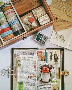 Thank you so much for the overwhelming response to my previous post and I hope it could inspire some of you to start journaling! At times it could be time and energy consuming but you will never regret starting a journal #midoritravelersnotebook #travelersnotebook #Midori #journaling #journals #planneraddictmalaysia #planneraddict #artjournaling #手帐 #手帐生活 #旅人手帐 #文具 #文房具