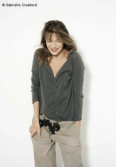 Did I tell you I met Jane Birkin? Ever since that blissful encounter, That's Not My Age has been channeling NBFJB sty. Charlotte Gainsbourg, Serge Gainsbourg, Jane Birkin, Fashion Weeks, Looks Style, My Style, Outfits Damen, Ageless Beauty, French Chic