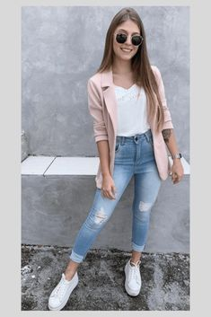 We are with popular street fashion ideas of the summer of 2019 You should look at this street style page prepared for ladies Trend dresses clothes pants shorts mini skirt. Casual Work Outfits, Blazer Outfits, Mode Outfits, Work Casual, Fashion Outfits, Fashion Ideas, Womens Fashion, School Outfits, Fashion Clothes
