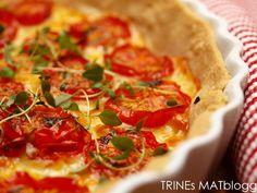 Tomatpai | TRINES MATBLOGG Veggie Recipes, Vegetarian Recipes, Veggie Food, Frisk, Cheddar, Vegetable Pizza, Quiche, Vegetables, Entertaining
