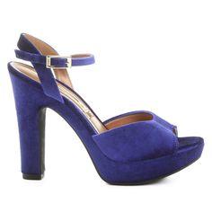 Compre Sandália Vizzano Meia Pata Veludo Azul na Zattini a nova loja de moda online da Netshoes. Encontre Sapatos, Sandálias, Bolsas e Acessórios. Clique e Confira!