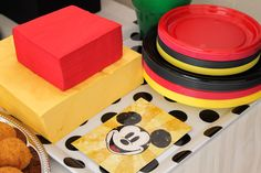 Mickey Mouse themed birthday party via Kara's Party Ideas KarasPartyIdeas.com The Place For All Things Party! #DisneySide #mickeymouse #mickeymouseparty #mickeymousepartyideas (7)