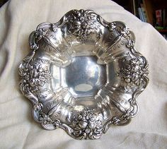Reed & Barton FRANCIS I sterling silver bowl X569 ornate over 11 inches repousse 645 GRAMS