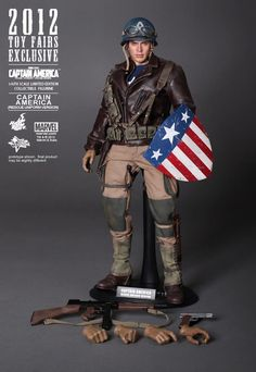 Marvel Captain America - Rescue Version Sixth Scale Figure by Hot Toys Captain America Toys, Captain America Series, Avengers Movies, Marvel Avengers, Marvel Comics, Captan America, Physique Competition, Sideshow Collectibles, Comic Character