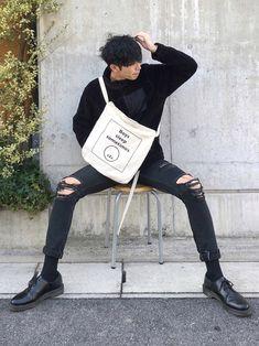 Insta:2nd_0d501 Korean Fashion Men, Ulzzang Fashion, Boy Fashion, Mens Fashion, Korean Outfits, Boy Outfits, Figure Poses, Character Poses, Boy Poses