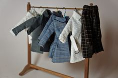Miniature clothes rack - inspiration for the dollhouse attic