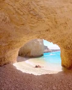 Vacation Places, Places To Travel, Places To Visit, Wonderful Places, Beautiful Places, Tropical Beaches, I Want To Travel, Travel Aesthetic, Travel And Leisure