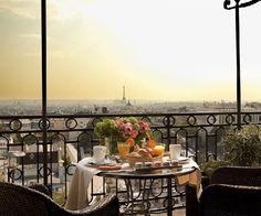 Desayuno con vistas en la ciudad del amor, París.