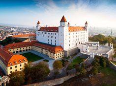 travel - what to visit Slovak Language, Bratislava Slovakia, Tatra Mountains, Interactive Map, European Countries, Most Beautiful Cities, Resort Spa, Norway, Grand Canyon