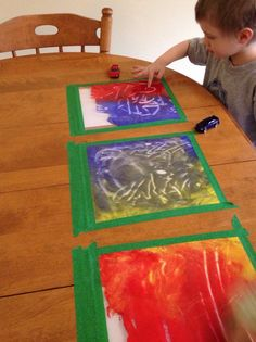 Fun Non-messy Painting Craft For Kids. Put Paper In A Big Ziploc And Paint Drops. Have Fun !