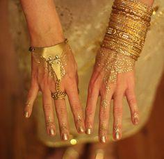 Golden henna