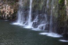 https://flic.kr/p/6r6rRu | Harajiri Waterfall / 原尻の滝(はらじりのたき) | Harajirino-taki(waterfall), Bungo-oono-shi(city) Ooita-ken(Prefecture), Japan  大分県豊後大野市(ぶんごおおのし) 原尻の滝(はらじりのたき)