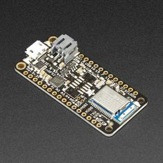 The Adafruit Feather nRF52 Bluefruit is the latest easy-to-use all-in-one Bluetooth Low Energy board, with a native-bluetooth chip, the nRF52832!  It's a take on an 'all-in-one' Arduino-compatible + Bluetooth Low Energy with built in USB and battery charging.