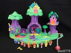 Vintage Polly Pocket Disney Winnie The Pooh 100 Acre Wood Complete 90s Childhood, My Childhood Memories, Polly Pocket World, 90s Toys, Children's Toys, Disney Toys, Disney Stuff, Walt Disney, Barbie