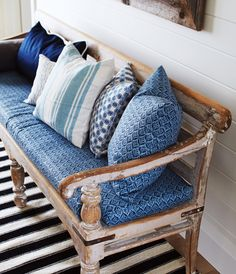 30 Decorating Ideas To Wake Up Your Cottage | House & Home Micoleys picks for #CabinGetaway www.Micoley.com