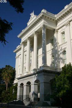 Side facade of California State Capitol. Sacramento, CA. California State Capitol, Sacramento, Washington Dc, Facade, American, Building, Travel, Voyage, Buildings