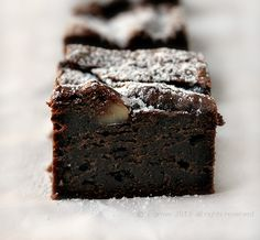 There's more to life than brownies, but not much! Avocado Brownies, Chocolate Brownies, Just Desserts, I Foods, Soups, Deserts, Pudding, Bread, Cakes