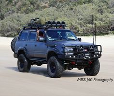 Toyota 4x4, Toyota Trucks, 4x4 Trucks, Custom Truck Beds, Custom Trucks, Landcruiser 80 Series, Toyota Cruiser, Land Cruiser 80, Off Road Camping